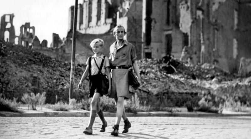 """""""Germania anno zero"""" di Roberto Rossellini: in principio erano le rovine"""